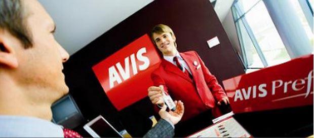 AVIS é uma das franquias de locação de veículos disponíveis (Foto: divulgação)